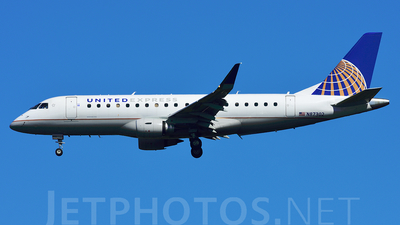 N87302 - Embraer 170-200LR - United Express (Mesa Airlines)