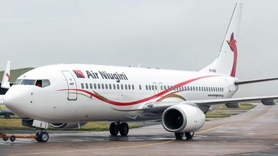 M-ABGK - Boeing 737-8BK - Air Niugini