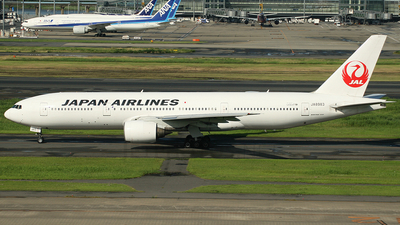 JA8983 - Boeing 777-246 - Japan Airlines (JAL)