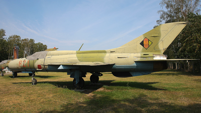 821 - Mikoyan-Gurevich MiG-21PFM Fishbed - German Democratic Republic - Air Force