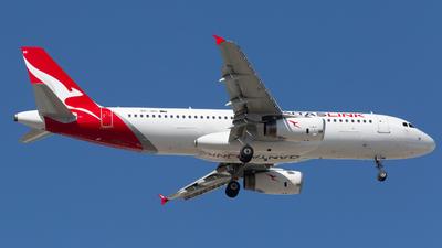 A picture of VHJQG - Airbus A320232 - QantasLink - © Joel Baverstock