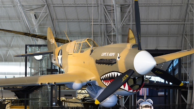 194 - Curtiss P-40E Kittyhawk - United States - US Army Air Force (USAAF)