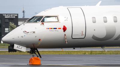 A picture of ESACJ - Mitsubishi CRJ900LR - [15250] - © Emil Levander