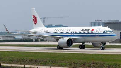 A picture of B322X - Airbus A320271N - Air China - © EVAesen29