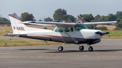 F-GKBL - Cessna 172RG Cutlass RG - Private