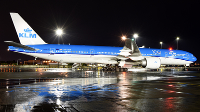 A picture of PHBVF - Boeing 777306(ER) - KLM - © ORTIASpotter