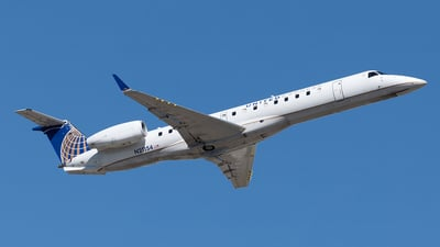 N21154 - Embraer ERJ-145XR - United Express (Commutair)