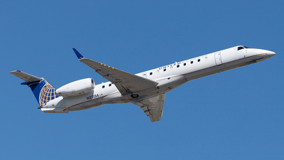 A picture of N21154 - Embraer ERJ145XR - United Airlines - © Yixin Chen