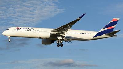 F-WZFI - Airbus A350-941 - LATAM Airlines
