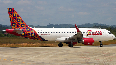 PK-LUR - Airbus A320-214 - Batik Air