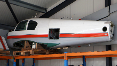 N8382E - Mooney M20A - Private
