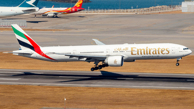 A picture of A6EPC - Boeing 77731H(ER) - Emirates - © Thomas Tse