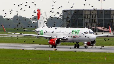 D-AXAJ - Airbus A320-232 - VivaAerobus