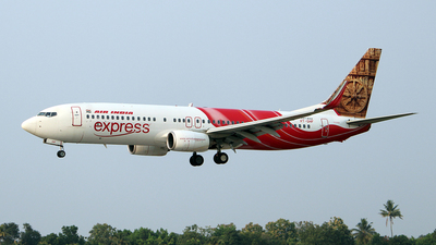 VT-GHF - Boeing 737-86N - Air India Express