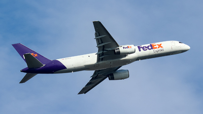 A picture of N949FD - Boeing 757236(SF) - FedEx - © BillyLIAO