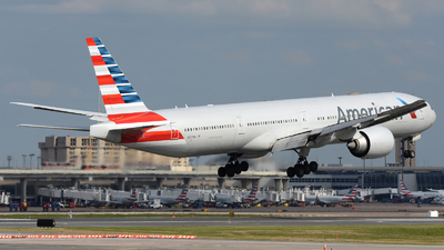 A picture of N727AN - Boeing 777323(ER) - American Airlines - © DJ Reed - OPShots Photo Team