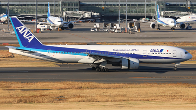 A picture of JA706A - Boeing 777281 - [27036] - © X Pan
