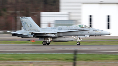 164896 - McDonnell Douglas F/A-18C Hornet - United States - US Marine Corps (USMC)