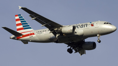 A picture of N701UW - Airbus A319112 - American Airlines - © Sam Randles