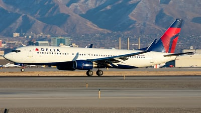 A picture of N3755D - Boeing 737832 - Delta Air Lines - © Michael Rodeback