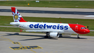 A picture of HBJJL - Airbus A320214 - Edelweiss Air - © Jeremy Denton