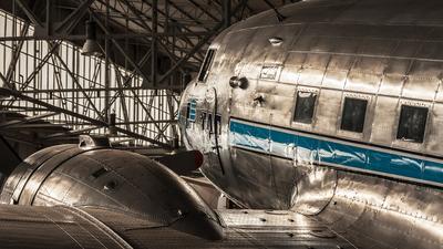 CS-TDA - Douglas DC-3 - TAP Portugal