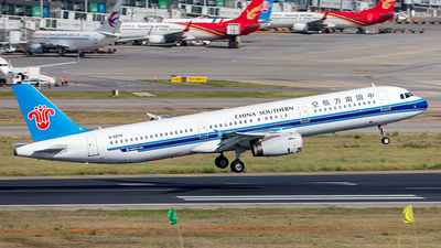 A picture of B6578 - Airbus A321231 - China Southern Airlines - © Yan Shuai