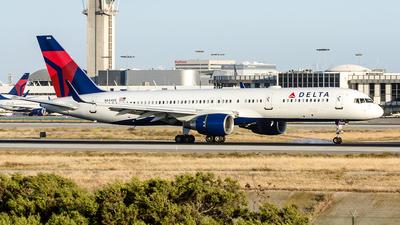 N544US - Boeing 757-251 - Delta Air Lines