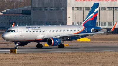 A picture of VPBTJ - Airbus A320214 - Aeroflot - © KomradAlexey