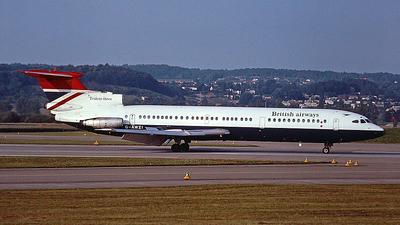 G-AWZI - Hawker Siddeley HS-121 Trident 3B - British Airways