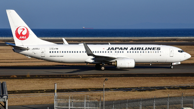 JA332J - Boeing 737-846 - Japan Airlines (JAL)