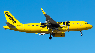 A picture of N652NK - Airbus A320232 - Spirit Airlines - © Lorenzo P