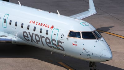 C-GKEW - Bombardier CRJ-200LR - Air Canada Express (Jazz Aviation)