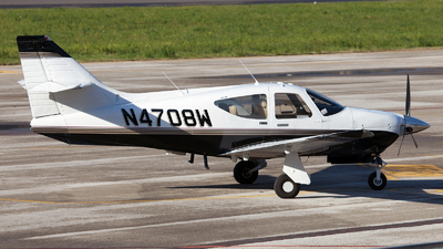 N4708W - Rockwell Commander 112TC - Private
