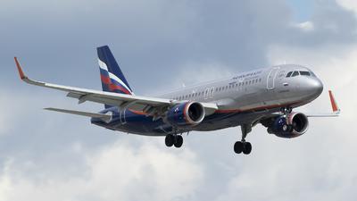 A picture of VPBCE - Airbus A320214 - Aeroflot - © RAFAL KUKOWSKI