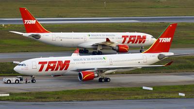 PT-MVH - Airbus A330-203 - TAM Linhas Aéreas