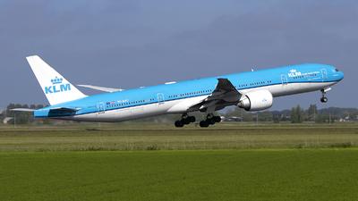 A picture of PHBVU - Boeing 777306(ER) - KLM - © Freek Blokzijl