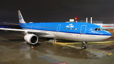 A picture of PHAOD - Airbus A330203 - KLM - © Craig L Baldwin