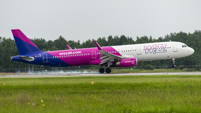 HA-LXM - Airbus A321-231 - Wizz Air