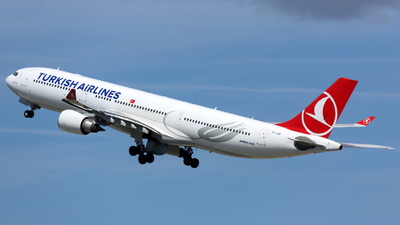 TC-JOM - Airbus A330-302 - Turkish Airlines
