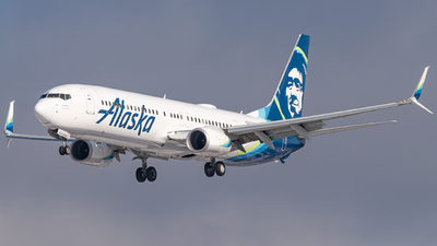 A picture of N267AK - Boeing 737990(ER) - Alaska Airlines - © Miles Aronovitz