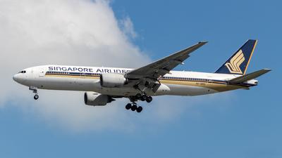 9V-SRO - Boeing 777-212(ER) - Singapore Airlines