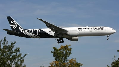 ZK-OKN - Boeing 777-319ER - Air New Zealand