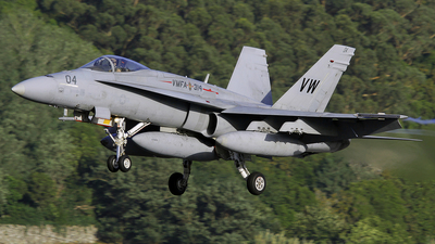 162451 - McDonnell Douglas F-18A Hornet - United States - US Marine Corps (USMC)
