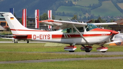 D-EIYS - Reims-Cessna F182Q Skylane II - Fliegerclub Moosburg