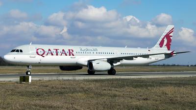 A picture of A7AIA - Airbus A321231 - Qatar Airways - © Marin Ghe.