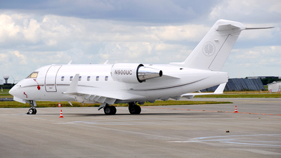 N900UC - Bombardier CL-600-2B16 Challenger 604 - Private