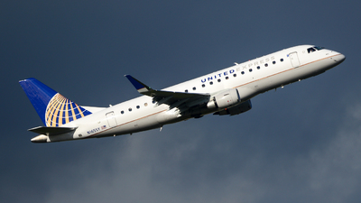 N165SY - Embraer 170-200LR - United Express (SkyWest Airlines)