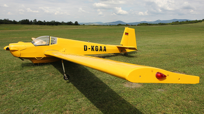 D-KGAA - Scheibe SF.25C Falke - Private