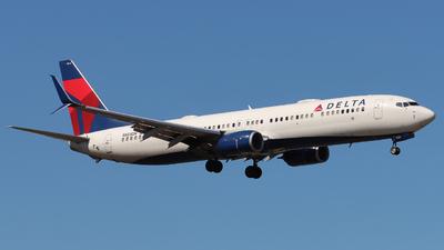 N853DN - Boeing 737-932ER - Delta Air Lines